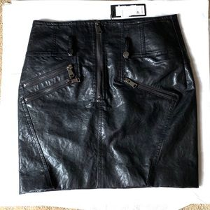 Brand new Romeo and Juliet skirt size small